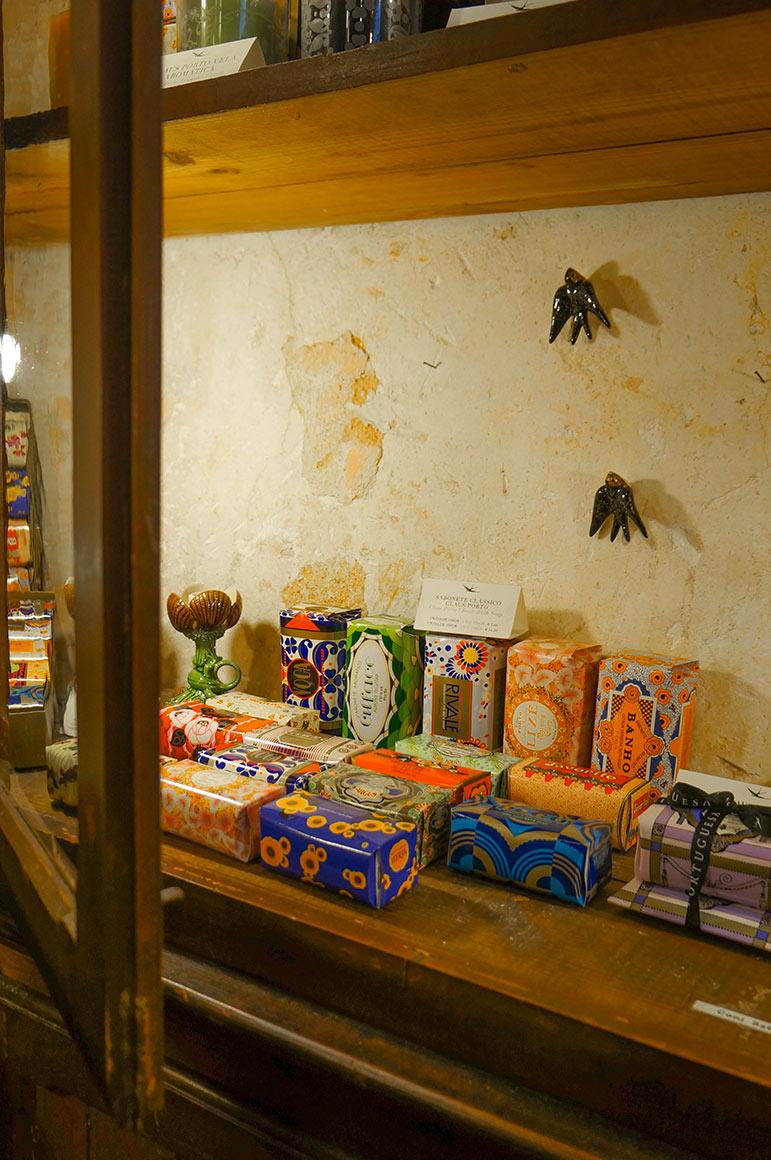 Boutique de souvenirs A vida Portuguesa - 5 (savons)